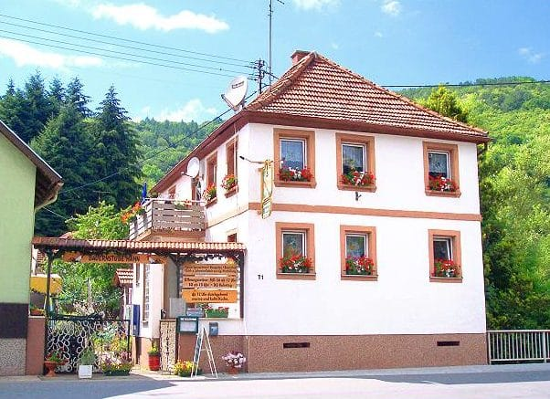 """Bauernstube """"Hahn"""" in Dernbach in der Pfalz"""