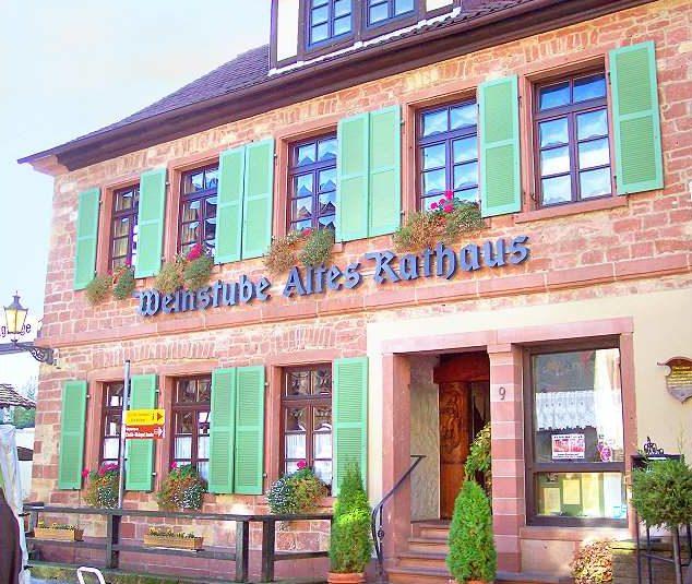 """Restaurant, Weinstube """"Altes Rathaus"""" in Sankt Martin in der Pfalz"""