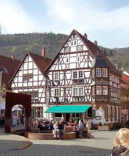 """Bistro, Bar, Biergarten """"Kaisereck"""" in Annweiler in der Pfalz"""