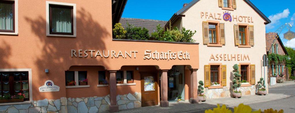"""Hotel, Restaurant """"Pfalzhotel"""" in Grünstadt - Asselheim"""