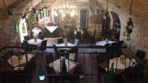 """Restaurant & Weinlokal """"Barrique-Gewölbe"""" in Sankt Martin"""