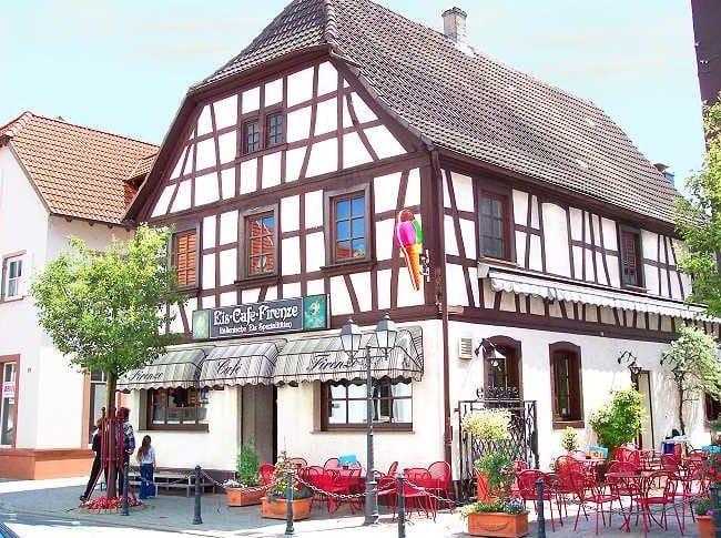 """Eiscafé """"Firenze"""" in Bellheim in der Pfalz"""