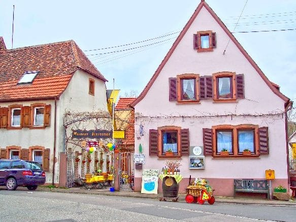 """Straußwirtschaft, Weingut """"Juliushof"""" in Siebeldingen - Pfalz"""
