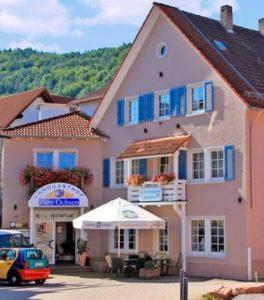 """Hotel***, Restaurant, Terrasse """"Landgasthof Zum Ochsen"""" in Hauenstein in der Pfalz"""