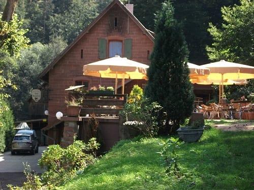"""Waldgaststätte, Restaurant """"Zum Saupferch"""" in Bad Dürkheim"""