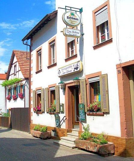 """Gasthaus """"Zum Schwan"""" in Dernbach in der Pfalz"""