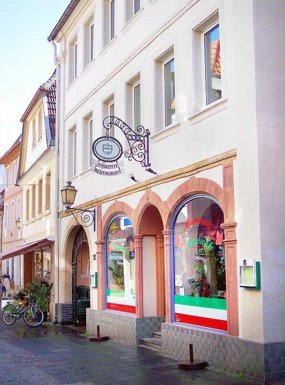 """Italienisches Restaurant, Pizzeria """"Ambiente"""" in Neustadt in der Pfalz"""