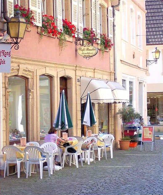 """Café, Konditorei """"Bassler"""" in Neustadt in der Pfalz"""