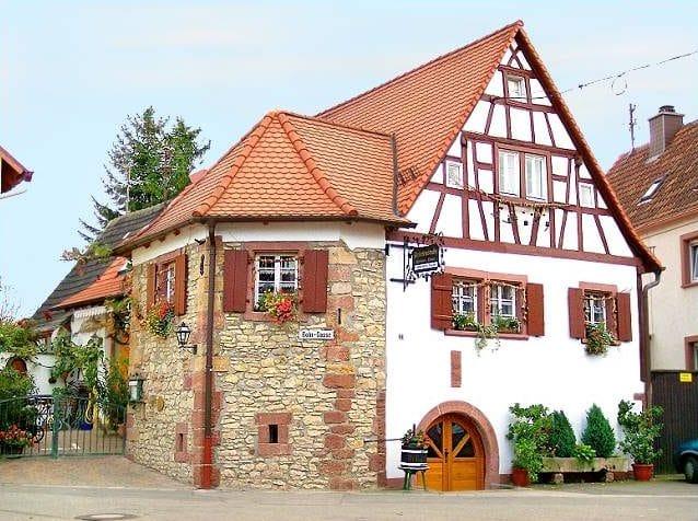 """Restaurant """"Friesenstube"""" in Landau - Arzheim in der Pfalz"""