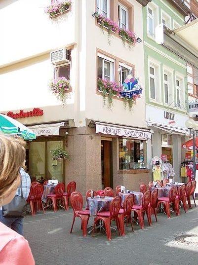 """Eiscafé """"Zandonella"""" in Landau in der Pfalz"""
