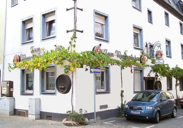 """Hähnchenrestaurant """"Zum Meerweibchen"""" in Landau in der Pfalz"""