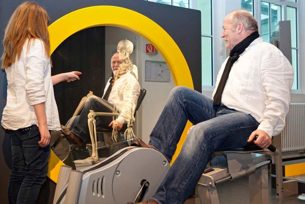 """""""Dynamikum"""" in Pirmasens, Museum erleben - Skelettfahrrad"""