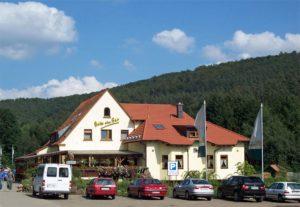 """Landgasthaus, Restaurant """"Am Frauenstein"""" in Hinterweidenthal in der Pfalz"""