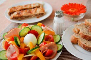 Frühstücken oder Brunchen im Café oder in einer Brasserie in der Pfalz